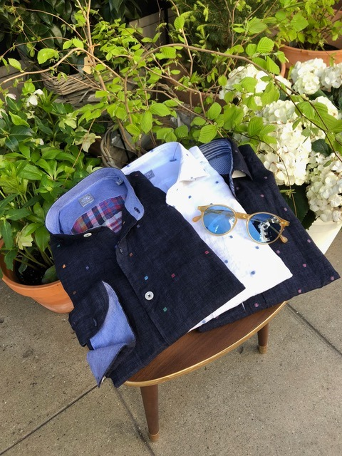 Chemises blanches et bleus - Christian Ambrosio