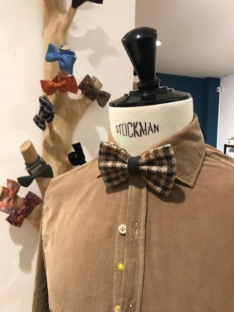 Chemise marron avec noeud papillon - Christian Ambrosio